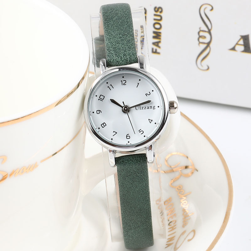 Top Brand Exquisite Small Dial Retro Leather Women's Watches  Casual Charm Ladies Simple Style Wristwatches Fashion Women Clock
