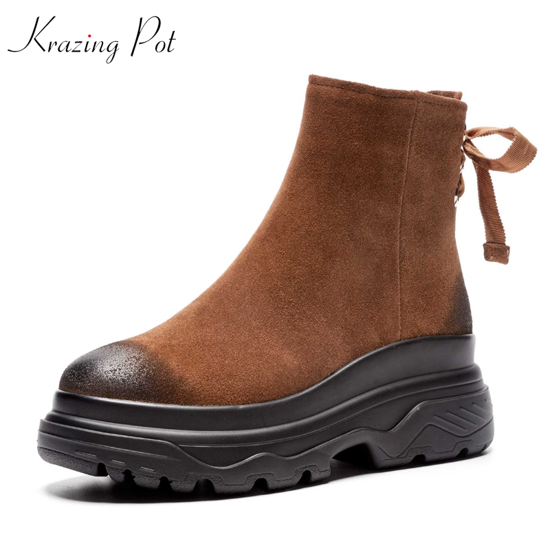 цена Krazing Pot 2018 round toe cow suede elegant women wedges thick bottom rivets lace up streetwear leisure casual ankle boots L55