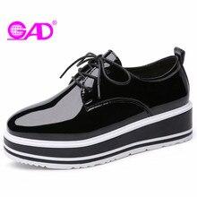 GAD de Plataforma Plana Zapatos de Las Mujeres 2018 de Primavera/Otoño Mujeres del Cuero de Patente de Lujo Zapatos Casuales Colores Mezclados Los Zapatos Inferiores Gruesos mujeres
