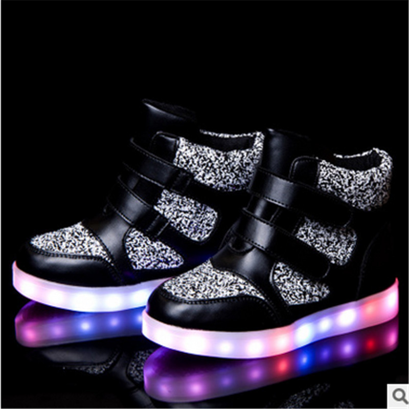 2017 new Led Light Luminous kids Shoes Boys Girls black red Sports Shoes With Light children Usb Charger Lamp Warm Shoes new hot sale children shoes pu leather comfortable breathable running shoes kids led luminous sneakers girls white black pink