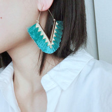 V Shape Bohemia Tassel Hoop Earrings For Women Vintage Golden Statement Jewelry Colorful Charm Earrings female Muszelki 2018 summer new india golden jhumki earrings bohemia blue tassel earrings hippy charm fake beach travel jewelry