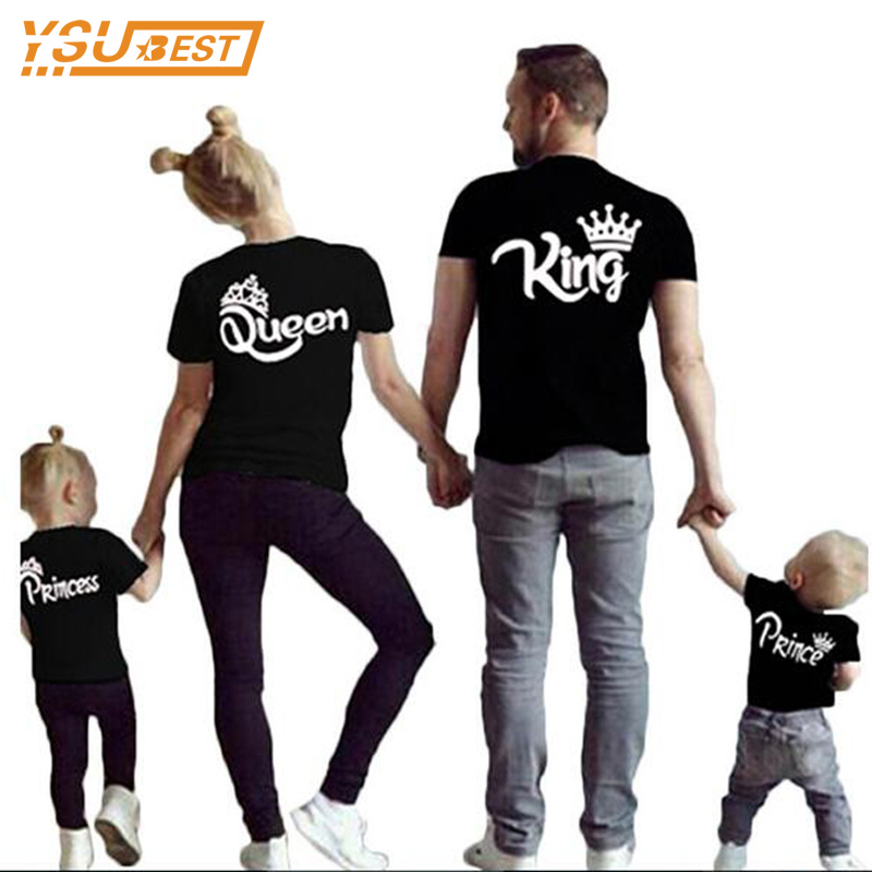 Family Matching Outfits New 2017 Summer Matching Father Mother Daughter Son Clothes Cotton Short Sleeve T-shirt King Queen цена