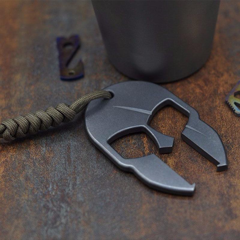 купить Titanium Alloy Spartan TC4 Bottle Opener EDC Tool Portable Multi Tools Accessories Keychain Outdoor Camping Key Ring Equipment по цене 2364.27 рублей