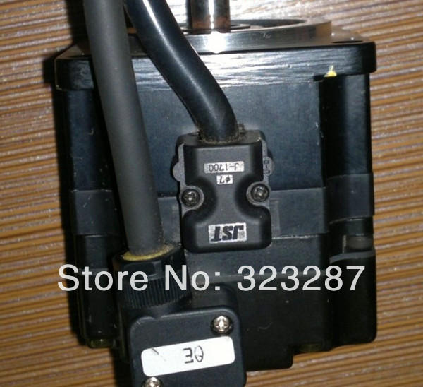 YASKAWA Servo Motor SGMPS-01ACA21, Second Hand Looks Like new Tested Working yaskawa ac servo motor sgm a5a3nt14 second hand looks like new tested working