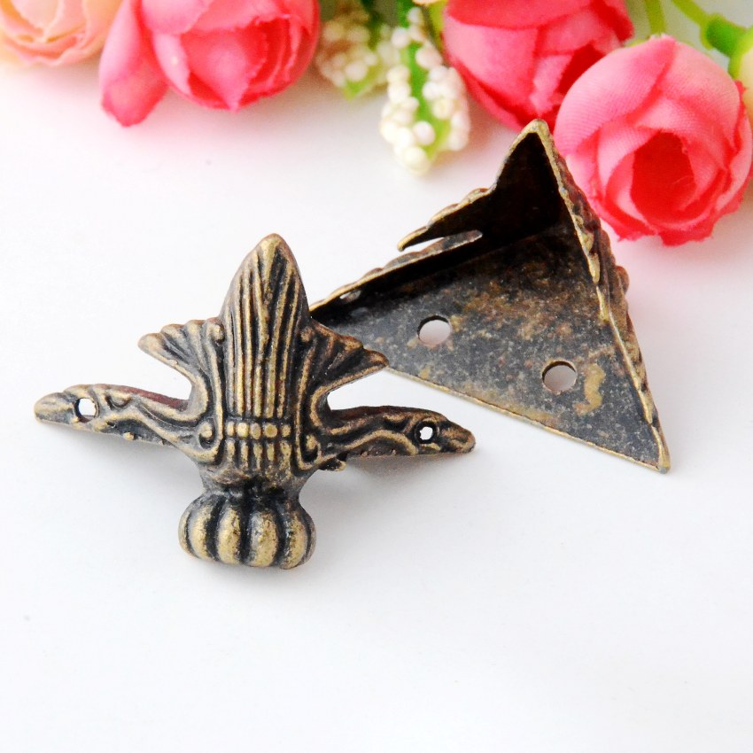 Free Shipping 8Pcs Antique Bronze Jewelry Gift Box Wood Case Decorative Feet Leg Corner Protector 31x41mm J2973