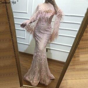 Image 5 - Розовые вечерние платья без рукавов с перьями и шалью из пряжи 2020, модные сексуальные вечерние платья русалки с кристаллами и жемчугом Serene Hill LA6608