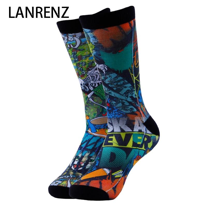 2020 Creative Street Comic Prints Men And Women Fashion Funny Socks 3d Printed Socks 200 Knitting Oil Painting Compression Socks