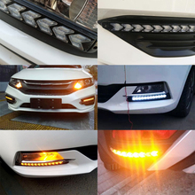 все цены на Daytime Running Lights LED DRL Dynamic Streamer Flow Day Light White Driving Amber/Yellow Turn Signal Warning Steering Fog Lamp онлайн