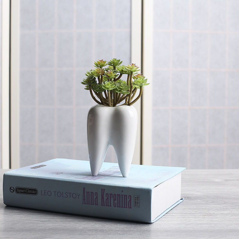 I Pc Tooth Shape White Ceramic Flower Pot Modern Design Planter Teeth Model Mini Desktop Pot Creative Gift(without Plants)