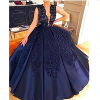 New Arrival Evening Party Dresses Lace V Neck Beaded Applique Satin Prom Formal Dress Ball Gown Long Arabic Gown Abendkleider