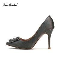Рони Bouker Популярные Брендовые женские атласные модные туфли со стразами на высоком каблуке Женская обувь для вечеринок ручной работы плюс
