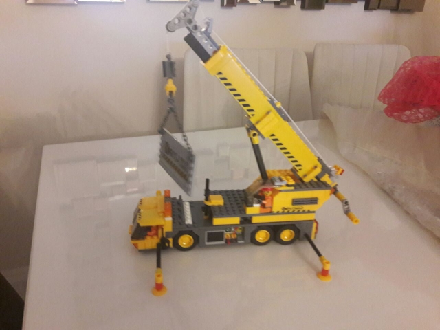 KAZI City Build Building Blocks 3D Crane Model DIY Building Blocks 380+pcs Playmobil Blocks 6+ Ages Toys For Children