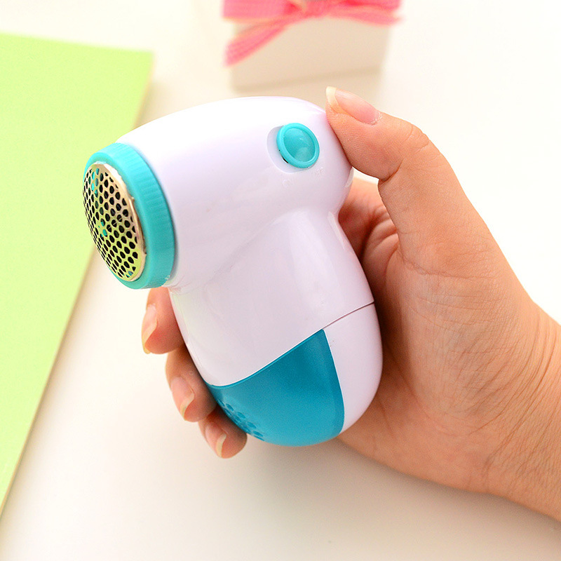 Mini Portable Sweater Clothes Lint Pill Fluff Remover Hair Ball Trimmer Household Fabrics Fuzz Shaver Electric Lint Remover