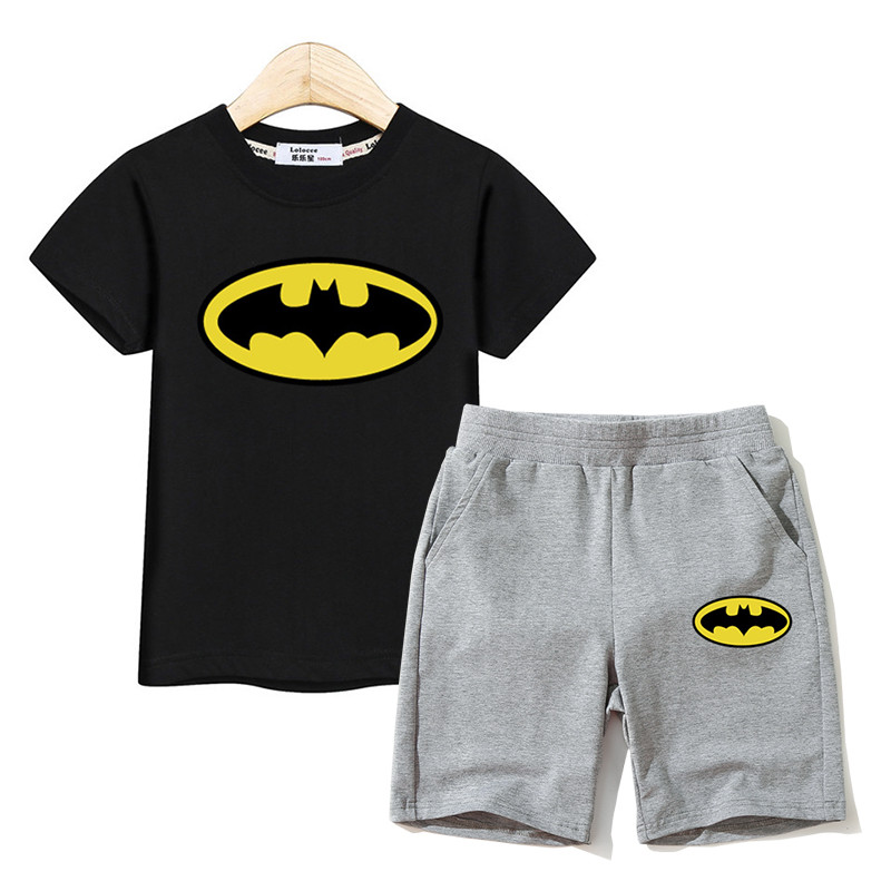 Children t-shirt +short pant boys outfits batman logo design kids clothing boys sets fashion clothes summer suits girl costumeChildren t-shirt +short pant boys outfits batman logo design kids clothing boys sets fashion clothes summer suits girl costume