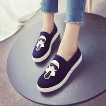 2017 новое прибытие женщин холст обувь осень плоским пятки круглым носком женщины мультфильм бездельники повседневная обувь квартиры