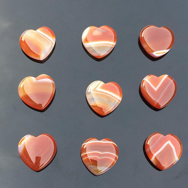 Pierres semi-précieuses en forme de cœur agate rayée