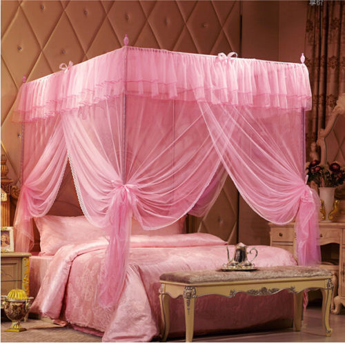 Letto A Baldacchino Rosa.Pink New Romantic Four Corner Post Bed Canopy Mosquito Netting For