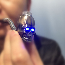 New design skull shape metal smoking pipe LED Luminous scalable proper