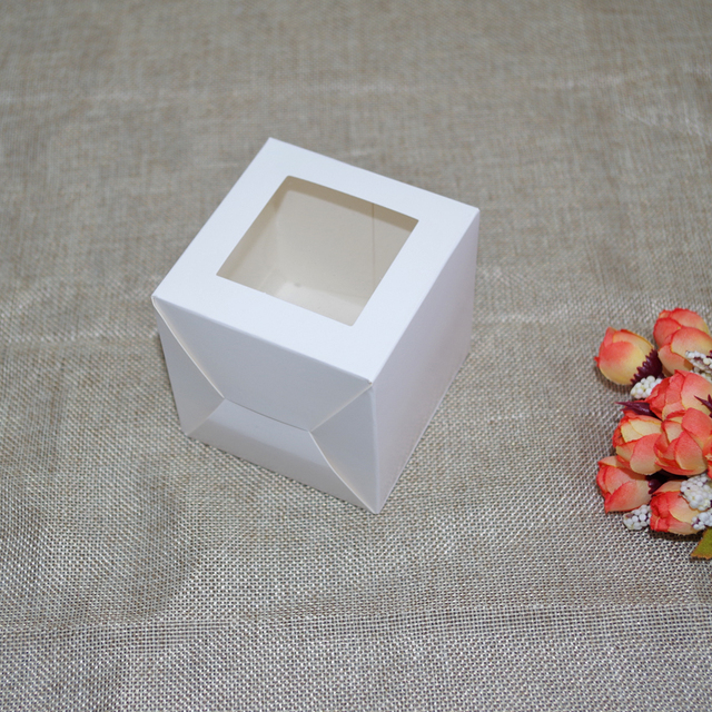 30pcs/lot 7x7x7cm 8x8x8cm 9x9x9cm 10cm square White Paper gift Box, PVC window display For packaging/protecting gift toys luxury