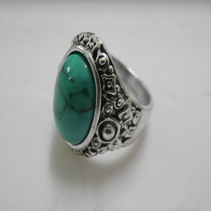 Natural Oval Opal Green Crystal Ring Stainless Steel Vintage Nobel Palace Ring For Woman Man Europe Middle Ages Style R266