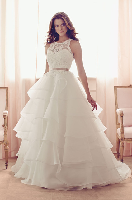 Paloma Blanca Series Jewel Neck Lace And Organza Backless Wedding Dress Ball Gown Sweep Train