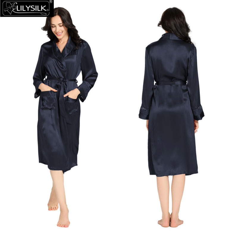 1000-navy-blue-22-momme-delicately-designed-silk-dressing-gown