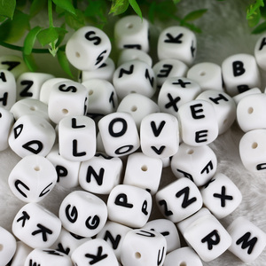 Image 3 - 100pc Alphabet Silikon Kauen Perlen Für Zahnen Halskette Food Grade BPA FREI Brief DIY Baby Name Baby Beißring