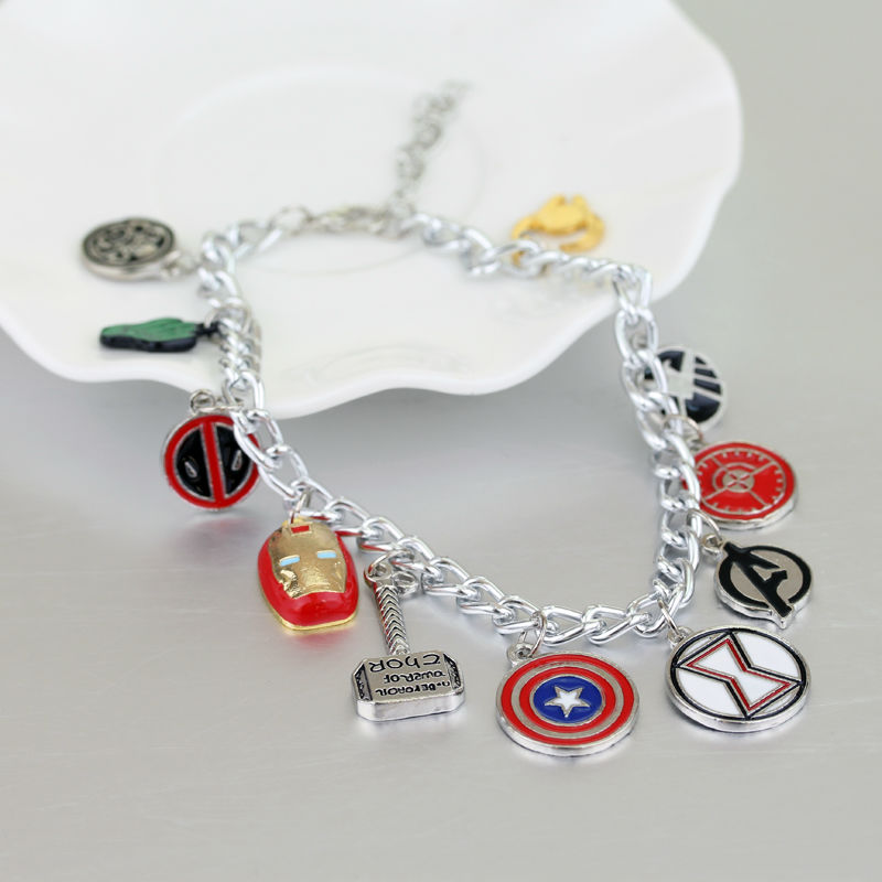 The Avengers 3 Charm Bracciale Captain America Shield Iron Man Mask Bracciali per gioielli da donna