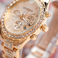 2015 Fashion Watch Geneva Unisex Quartz Watch Women Analog Wristwatches Bling Crystal Clocks Stainless Steel Watch