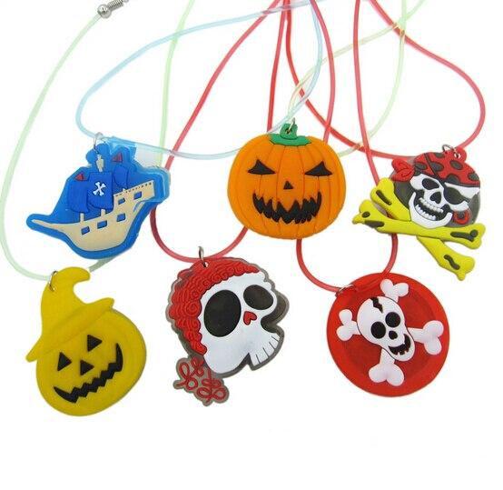 Pumpkin LED Flashing Necklace Glow Pendant Plastic Luminous Kid Cartoon Necklace Halloween Christmas Party Supplies Toy YH218