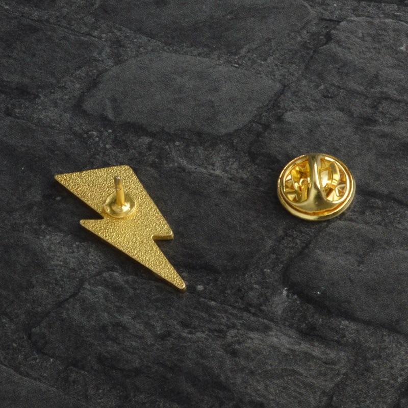 Aladdin Sane Lightning enamel pin David Bowie style Brooches Gift Art Glam Rock icons Pin Badge Gift for Rock fans men women 5