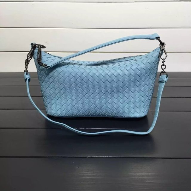 ISHARES Classic Lady Genuine Leather Shoulder Bags sheepskin High Quality Woven Bags Totes Women lambskin corssbody bags IS8005