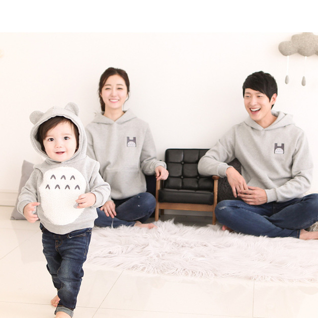 Kersttrui Matching.Family Totoro Cartoon Matching Clothes Father Mother Daughter Son