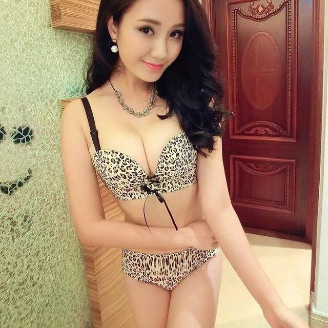 cd274c1a26a Luxurious New Womens Bra Sets Lady Cute Sexy Underwear Satin Lace  Embroidery Bra Sets Hot!