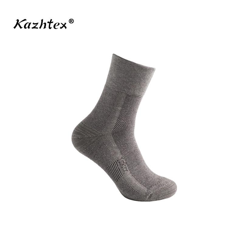 C316218 Kazhtex yüksək səviyyəli kişilərin gümüşü lifli antibakterial idman corabları dırmaşan gəzinti corabları deodorizasiya böyük ölçülü qalın