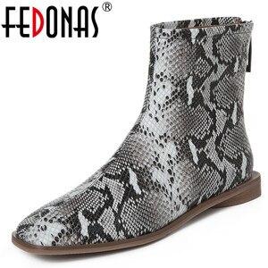 Женские ботильоны с квадратным носком FEDONAS, черные вечерние ботильоны из натуральной кожи на низком каблуке, обувь на осень и зиму 2021