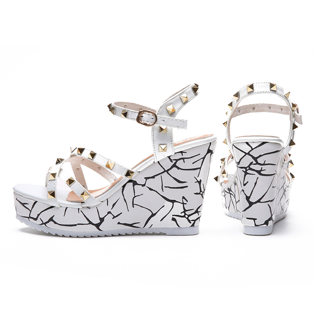 Zapatos Mujer 2018 Shoes Woman Sandals Wedge Summer Lady Fashion High Heels Sandals Elegant Rivets Women Shoes Platform Wedges 29