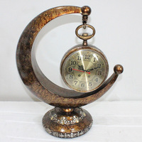 TUDA Free Shipping 12 Inch Creative Moon Shaped Resin Crafts Table Clock Vintage European Style Table Clock Needle Desk Clock