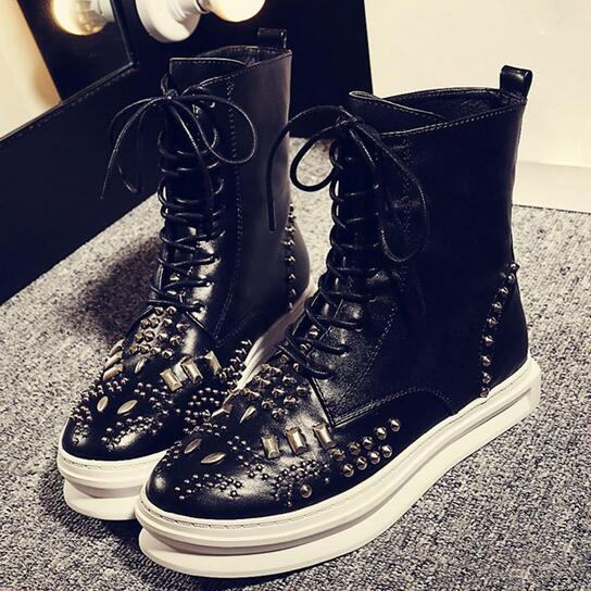 High Quality Women Boots 2016 Winter Studded Rivets Boots Genuine Leather Platform Ankle Boots Women Rivets Boots Lace Up Shoes