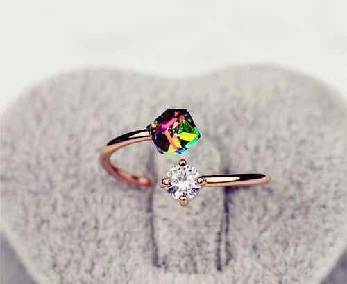 แฟชั่นที่เรียบง่ายแหวนสำหรับผู้หญิงR EtroเพทายคริสตัลColorgul B Ling Rose G Oldแหวนสีไหลบ่าเข้ามาเลดี้แหวน