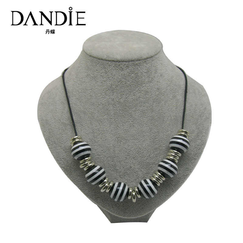 Dandie Black And White Color Acrylic Bead Necklace, Popular Style Jewelry