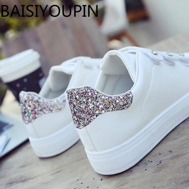 642ec943 2018 mujeres coreanas mágicas lentejuelas de diamantes de imitación zapatos  blancos pequeños zapatos planos de cuero