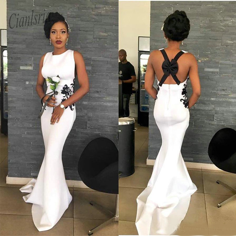 2019 White Mermaid   Prom     Dresses   Lace Appliques Sexy Backless Woth Bow Evening Party Gowns