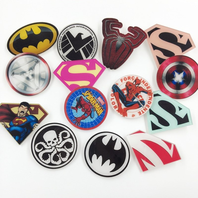 1PCS Avengers Super Heros Bat Man Super Man Spider Man Icon Acrylic Brooch Badges Pin Backpack Clothes Accessory Gift