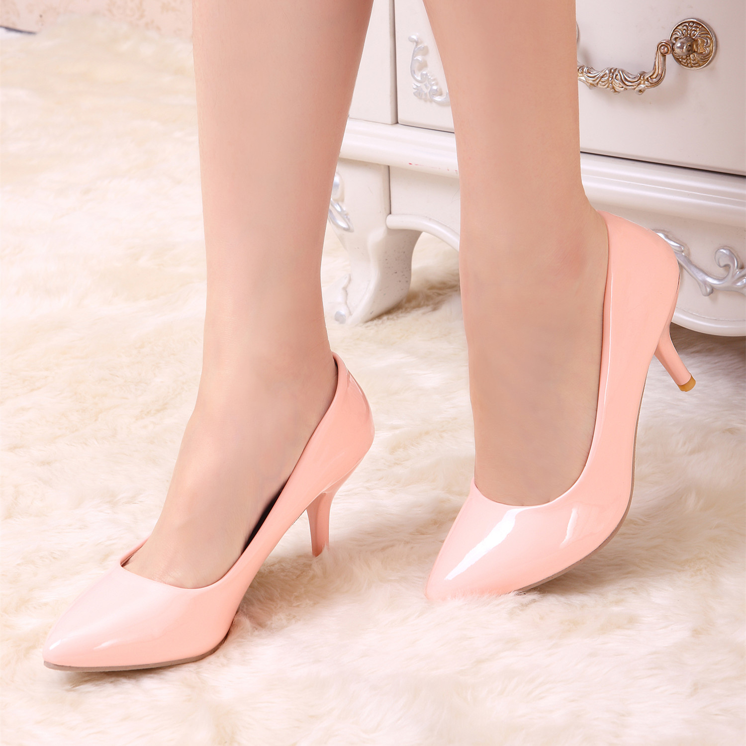 2016 new spring women shoes small yards 32 33 OL work shoes patent leather high heels paltform sexy women pumps plus size 44 45 genuine leather women high heels pumps female ol comfortable black work shoes 32 33 40 41 42 43 44 sy 777