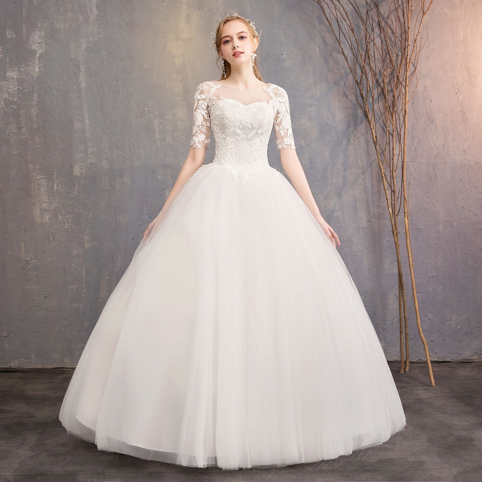 Short Sleeves Wedding Dress 2019 Ball Gowns Beige Lace