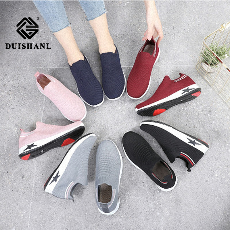 Women Flat Spring Sneakers 2019 Plus Size Knitting Sock Shoes Spring Summer Slip On Flat Ladies Fashion Casual Breathable shoes