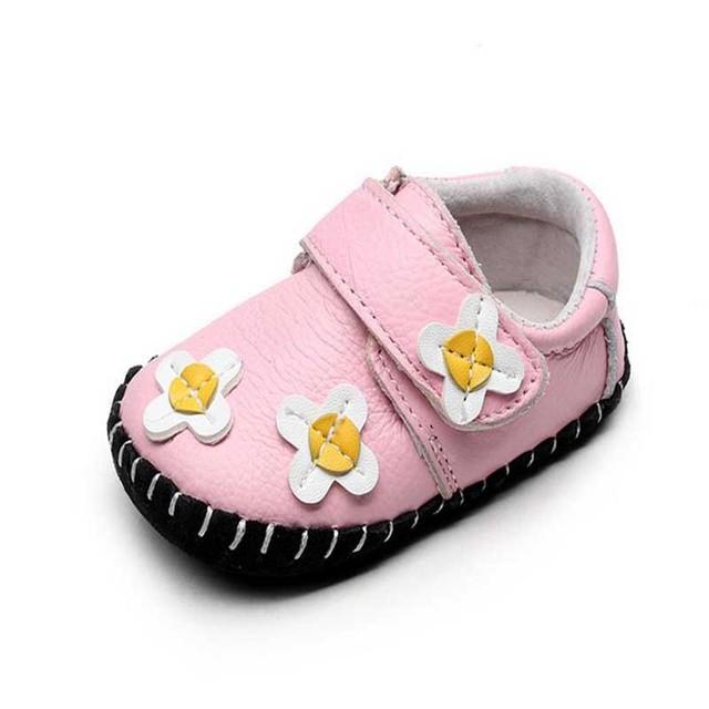 2017 Primavera Nova Moda Sapatos de Bebê Meninas Sapatos de Flores De Couro de Algodão Casuais Meninas Recém-nascidas All Seasons Primeira Walkers 11-13 cm