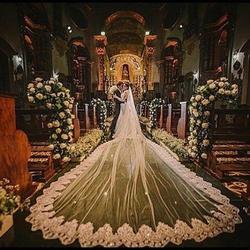 Vintage 5 Meter Lange Kathedraal Wedding Veils Een Tier Bridal Jurken Sluier Kant Applique Tule Met Kam Wit Ivoor