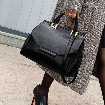 Vintage Female Bags Fashion Tote Bag Top Quality Leather Handbags Big Size Casual Clutch Shoulder Crossbody